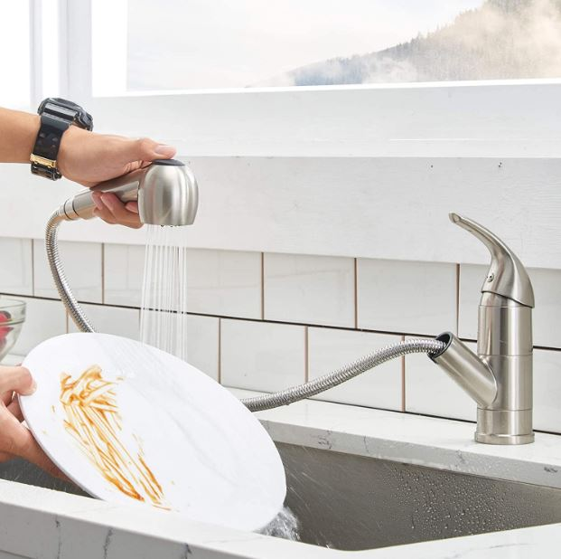 Comllen Commercial's stainless steel, single-handle pull-out faucet