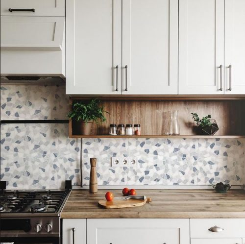 Jeffrey Court's Waterfront white pebble mosaic tile
