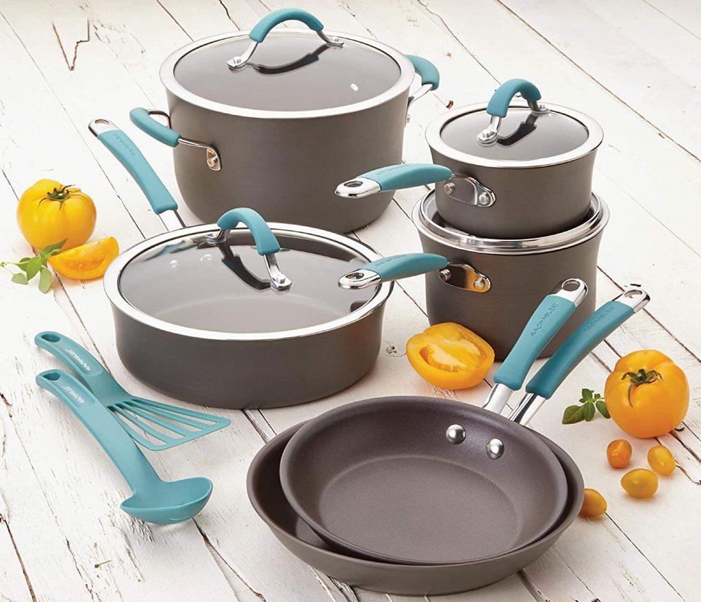 Rachael Ray hard-anodized nonstick Cucina cookware set