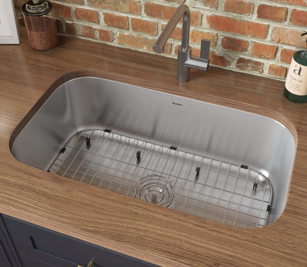 Ruvati single-bowl stainless steel undermount sink
