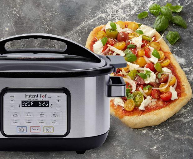 Instant Pot's 6-quart Aura slow cooker