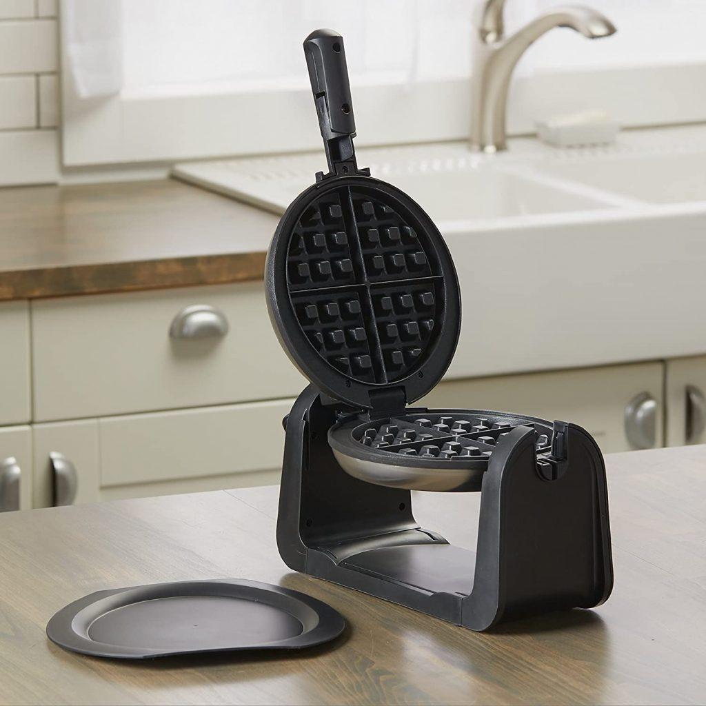 Black+Decker's flip waffle maker