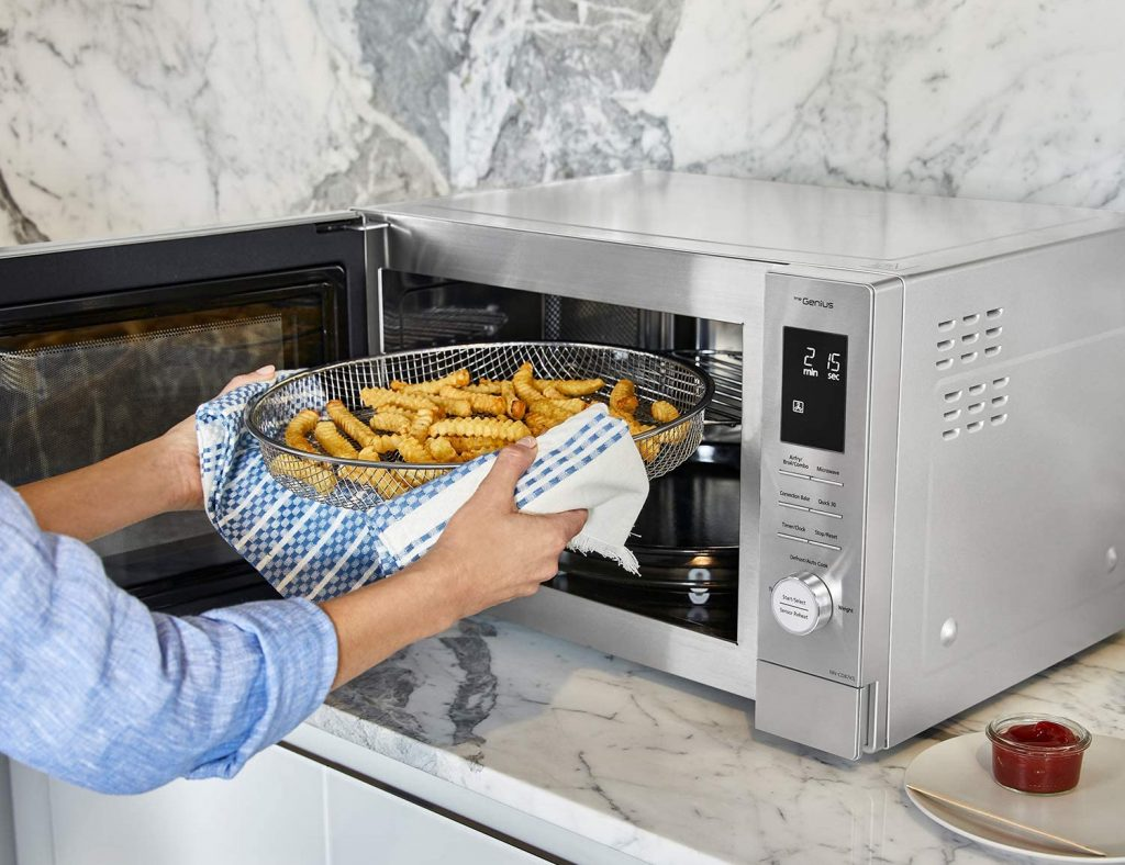 microwave oven with air fryer and convection baking